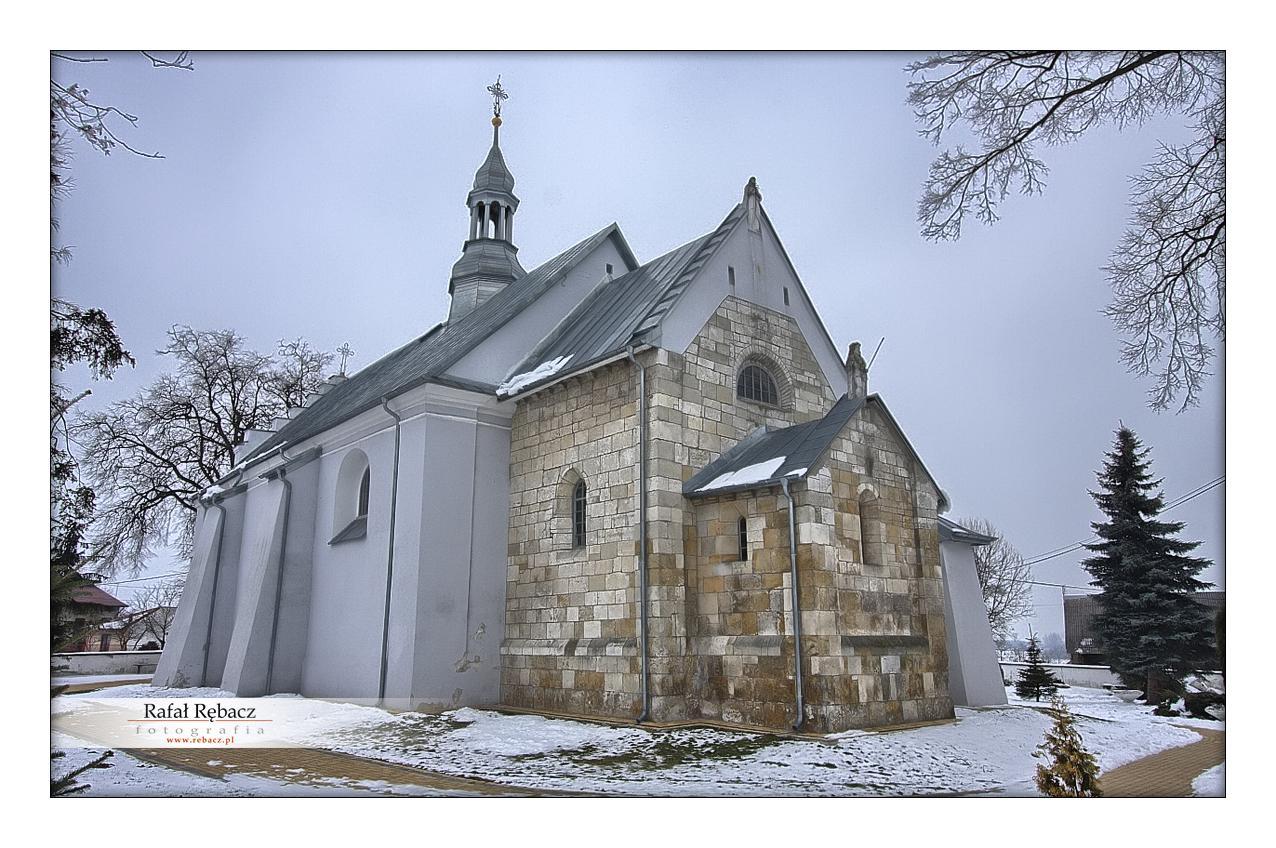 Mokrsko dolne – kościół pw. Wniebowzięcia NMP